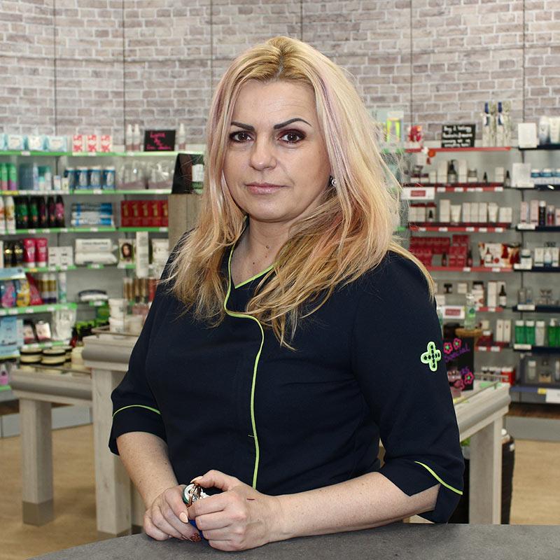 Aneta Solarczyk Shop Manager